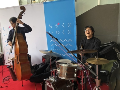 ジャズライブ カミン 広島 本日29日のライブ!_b0115606_04173237.jpeg