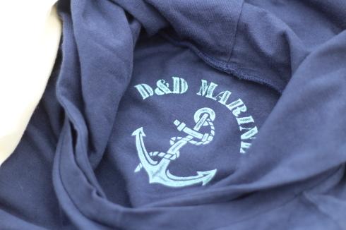 最近よく着てます。重ね着に便利なフード付きロングスリーブTシャツ♪_d0108933_16515929.jpg