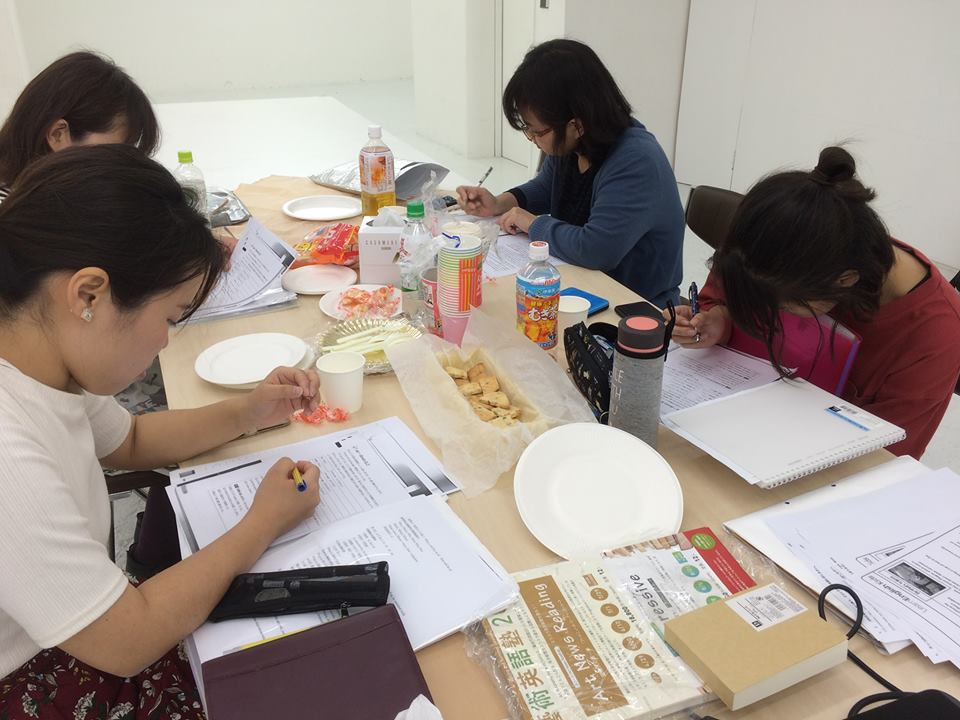 藝術英語塾Creative Workshop受講生の募集中_d0058440_123596.jpg