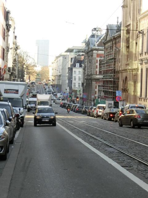 朝のブリュッセル名所散歩 その2_f0189467_16430325.jpg