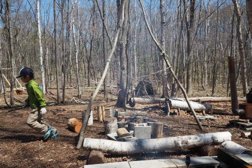 森で遊ぶ子どもの姿から見えたこと_b0068572_08134116.jpg