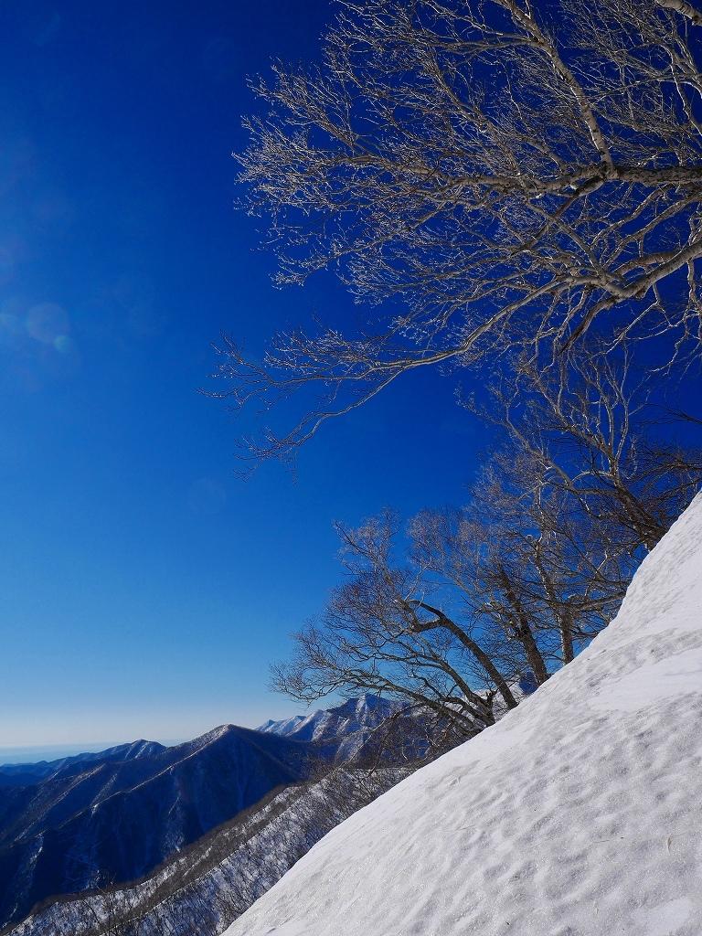 野塚岳とオムシャヌプリ、2019.4.28ーその1ー_f0138096_13454004.jpg