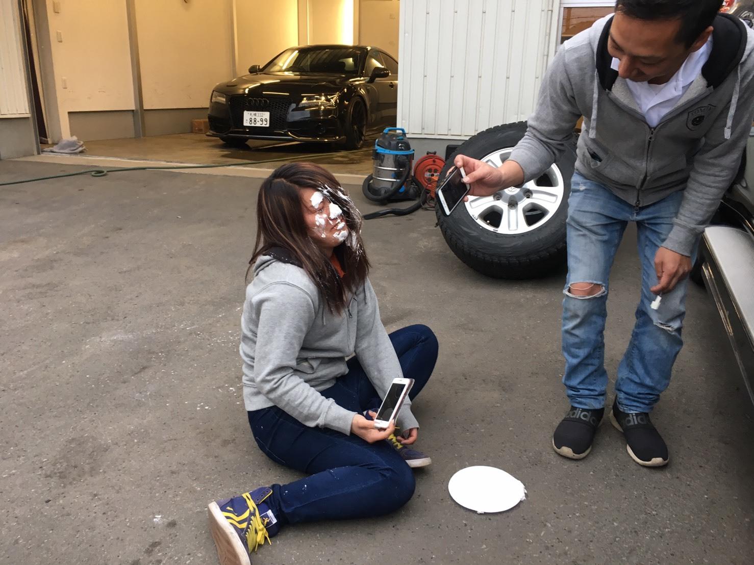 4月30日本店ブログ♪ ランクル200 4.6AX 4WD  ベージュマイカメタリック ありますよーーー! ランクル ハマー アルファード _b0127002_19314010.jpg