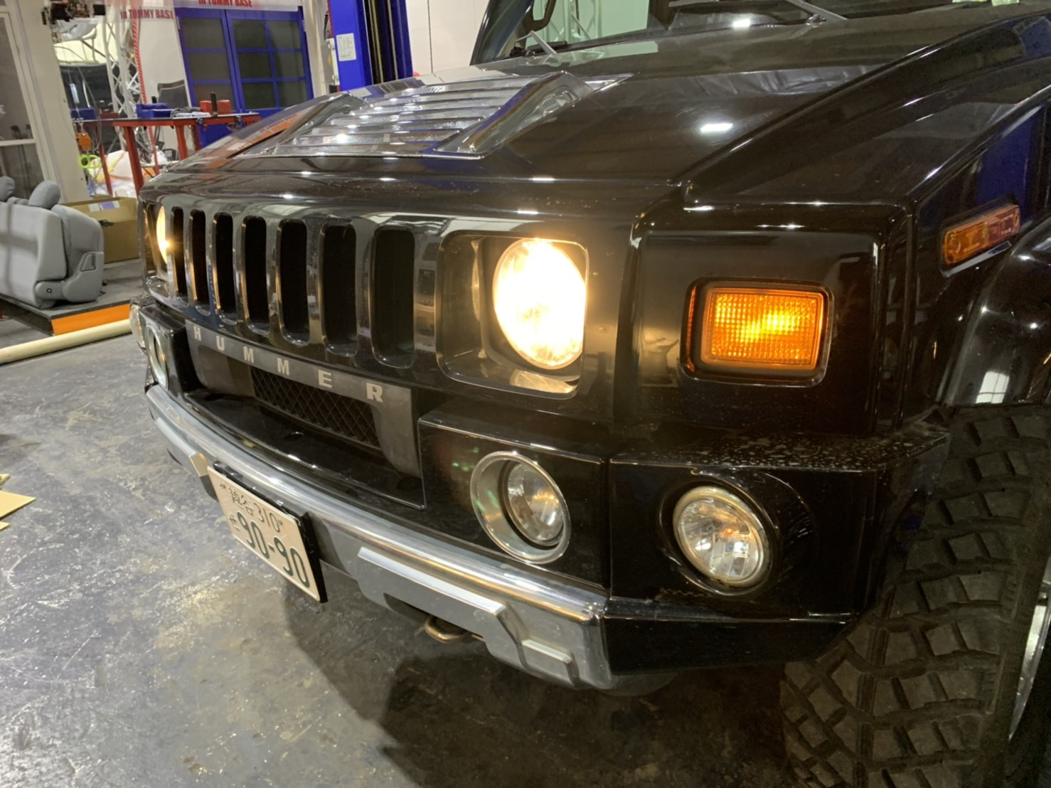 4月30日本店ブログ♪ ランクル200 4.6AX 4WD  ベージュマイカメタリック ありますよーーー! ランクル ハマー アルファード _b0127002_19564283.jpg