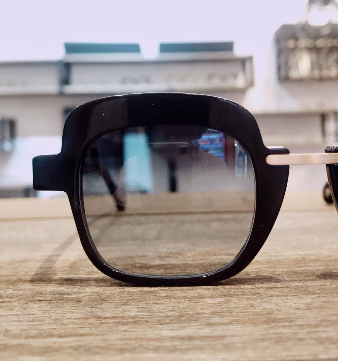 保谷と吉祥寺にある眼鏡屋。_a0172250_11380181.jpg