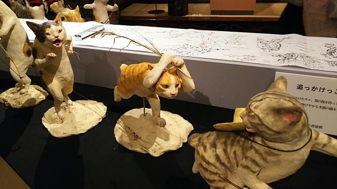 「猫都のアイドル展at百段階段」へ&ロクちゃん記念日♪_f0374160_22071170.jpg
