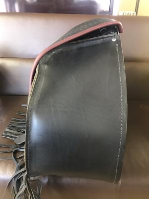 ハーレー FLSTS 新品未使用 サドルバッグ(左) ヤフオクへ \\100スタート出品しました♪_d0246961_20072098.jpg