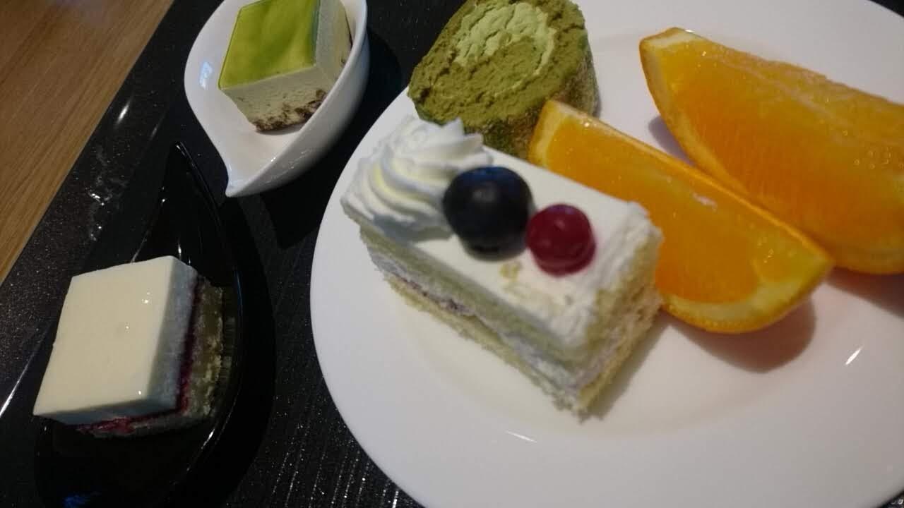 函館国際ホテル、アゼリアのバイキング_b0106766_14483613.jpg