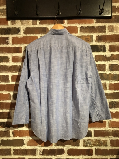 ""\""""SHIRTS"""" Selection by COMME des GARCONS._c0079892_2045011.jpg""412|550|?|en|2|f004ee34aa219b5c89db53217d18b184|False|UNLIKELY|0.3052893579006195