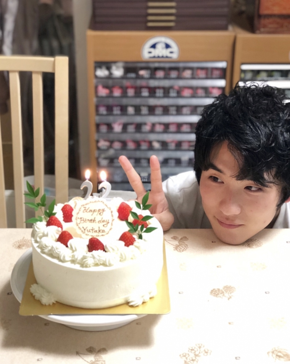 やっくん22歳のお誕生日おめでとう!!_a0157409_22053061.jpeg