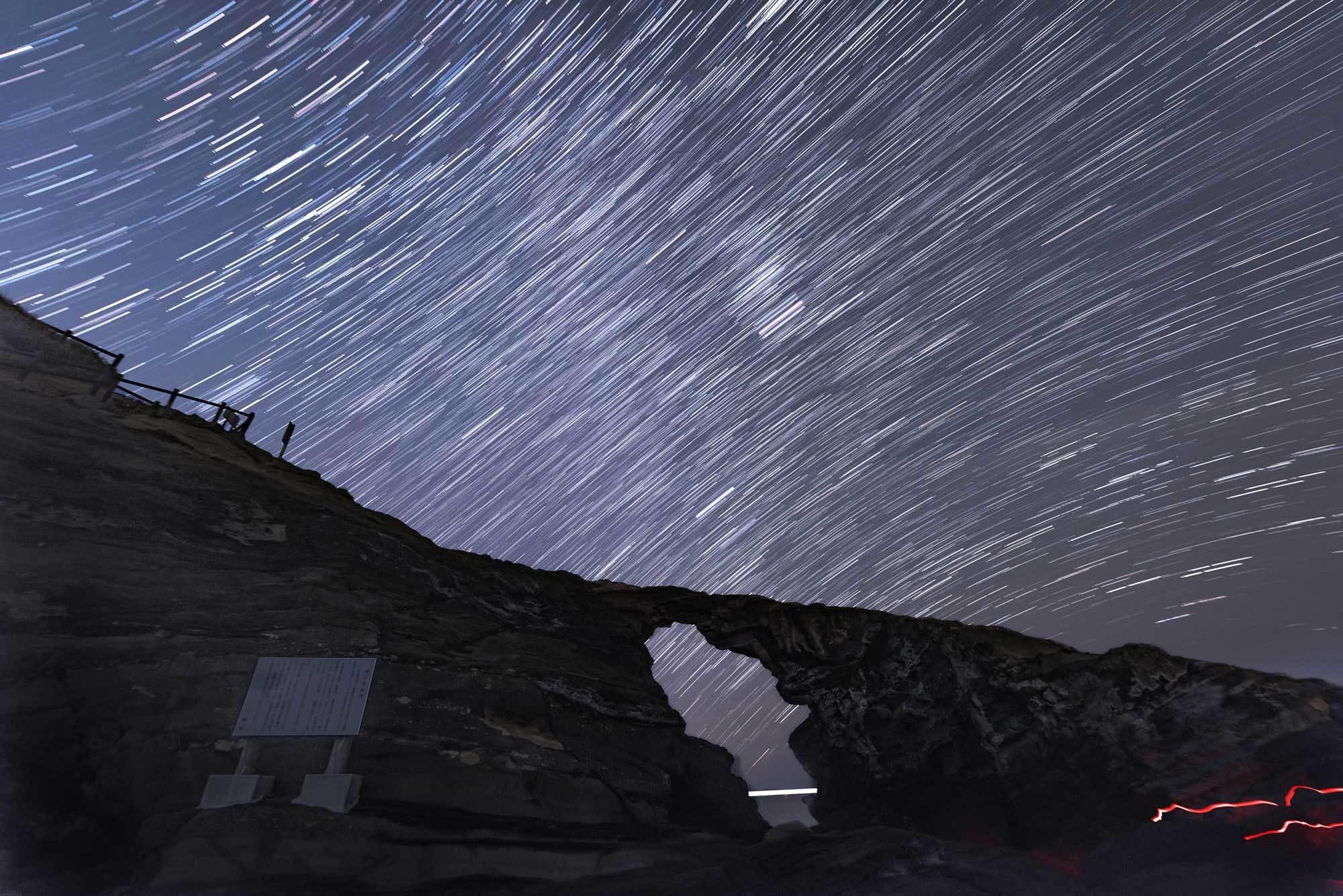 使用記〜城ヶ島 馬の背洞門で星景写真_b0400557_22263204.jpg