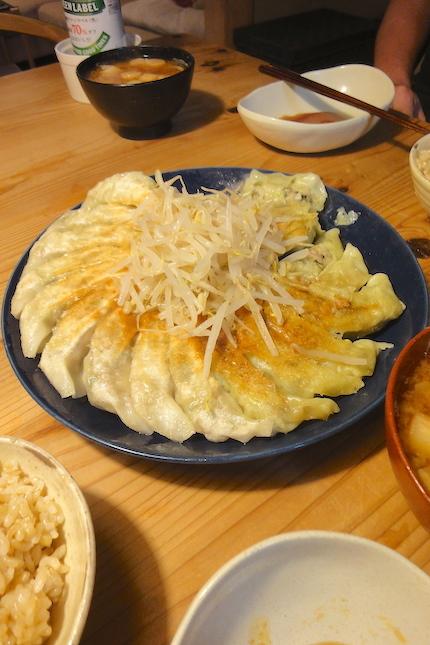 餃子 〜旦那作_f0054859_15173345.jpg