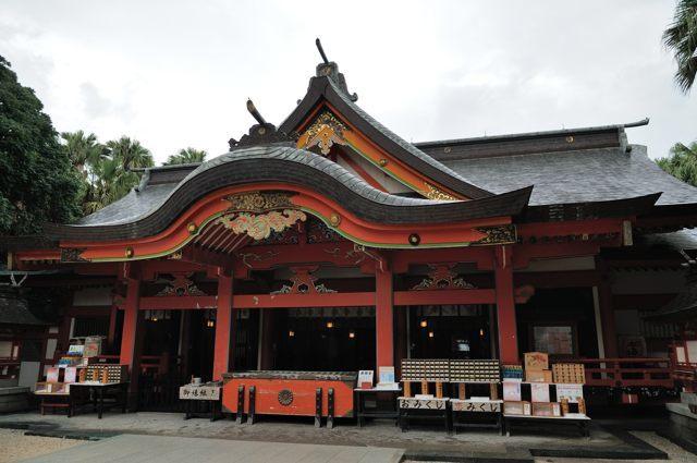青島にある社と森_c0081462_11035555.jpg