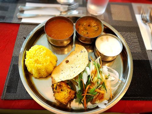 インド料理ケララ_e0292546_12101301.jpg
