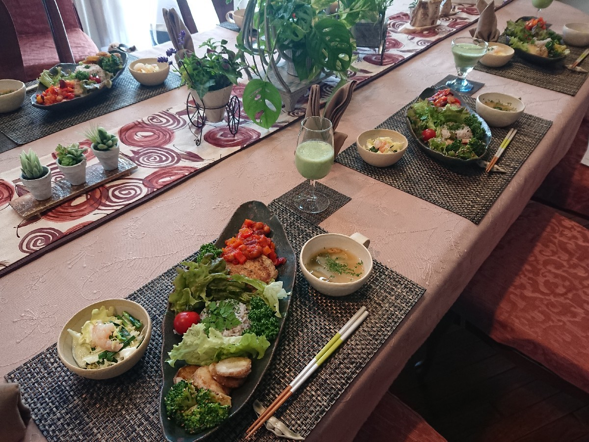 5月の料理教室が始まりました。_f0323446_22424509.jpg