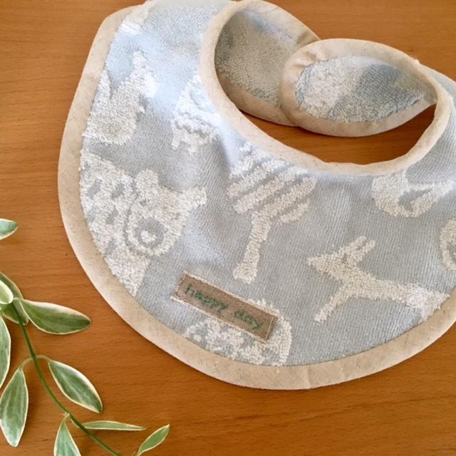 gift for baby  健やかな成長を願ってチクチク♪_a0165160_09385750.jpg