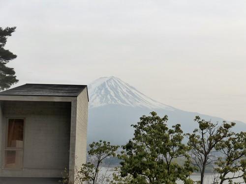 富士河口湖町「星のや富士」へ行く。春の前編_f0232060_19362718.jpg
