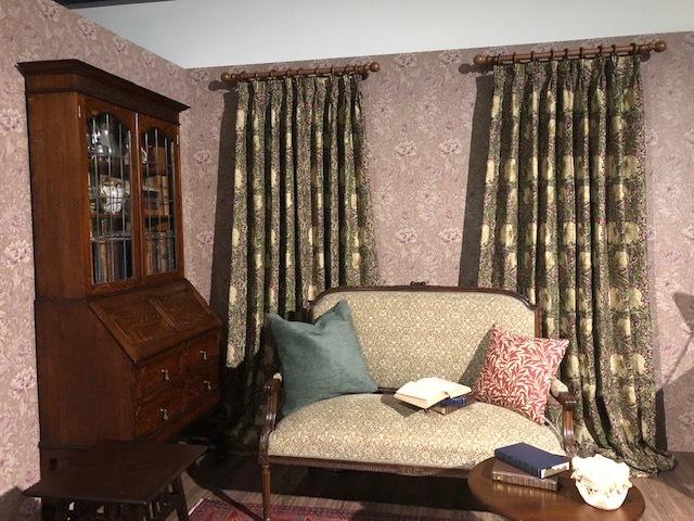 ウィリアム・モリスと英国の壁紙展 ウィリアムモリス正規販売店のブライト_c0157866_18063930.jpg