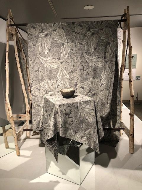 ウィリアム・モリスと英国の壁紙展 ウィリアムモリス正規販売店のブライト_c0157866_18064436.jpg