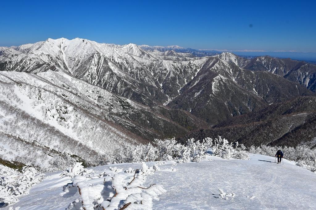野塚岳とオムシャヌプリ、2019.4.28ー同行者からの写真ー_f0138096_21324863.jpg