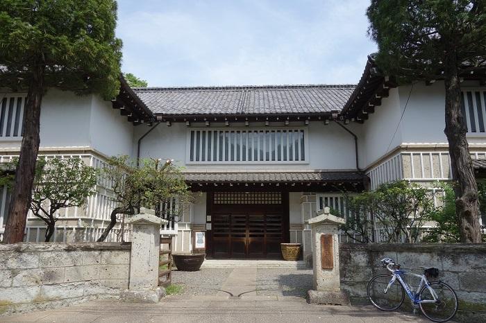 駒場の休日 日本近代文学館&日本民藝館へ_c0303307_21212497.jpg