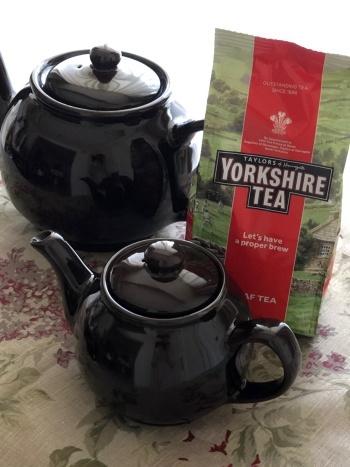 Brown Betty Teapots (2個だから複数形ね)_d0026822_15170143.jpeg
