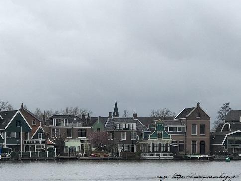 ザーンセスカンス風車村を観光♪アムステルダムからの行き方(オランダ旅行記)_f0023333_21320229.jpg