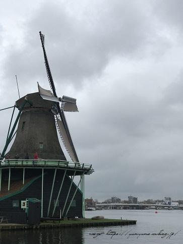 ザーンセスカンス風車村を観光♪アムステルダムからの行き方(オランダ旅行記)_f0023333_21464534.jpg