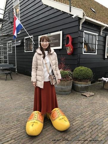 ザーンセスカンス風車村を観光♪アムステルダムからの行き方(オランダ旅行記)_f0023333_22025753.jpg