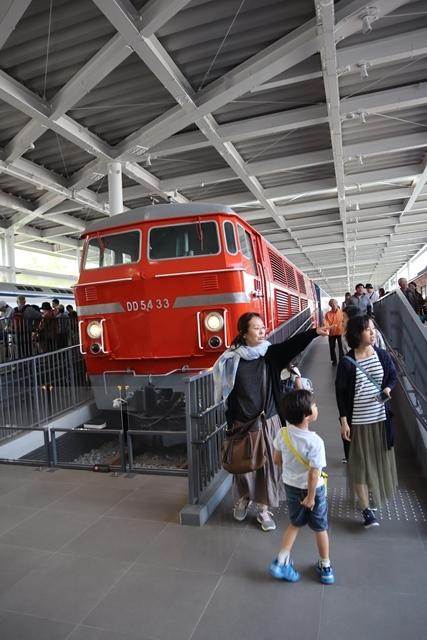 藤田八束の京都ご案内@京都鉄道博物館は素晴らしい、鉄道の歴史・鉄道技術の発展を現物を見ながら学ぶ_d0181492_13210447.jpg