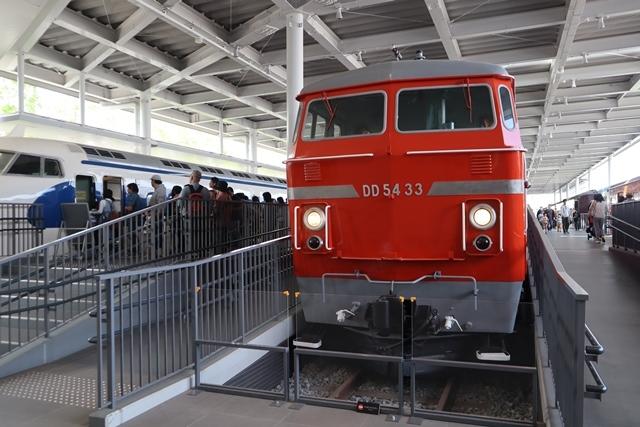 藤田八束の京都ご案内@京都鉄道博物館は素晴らしい、鉄道の歴史・鉄道技術の発展を現物を見ながら学ぶ_d0181492_13213018.jpg