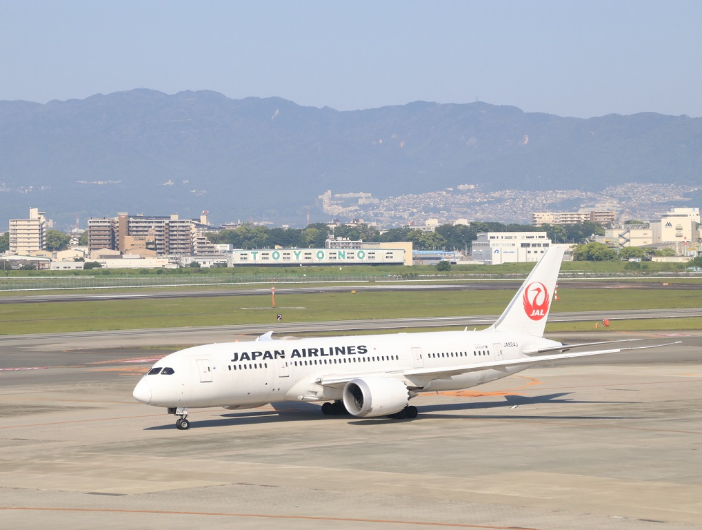 JAL  ボーイング787-8型 伊丹空港_d0202264_21364351.jpg