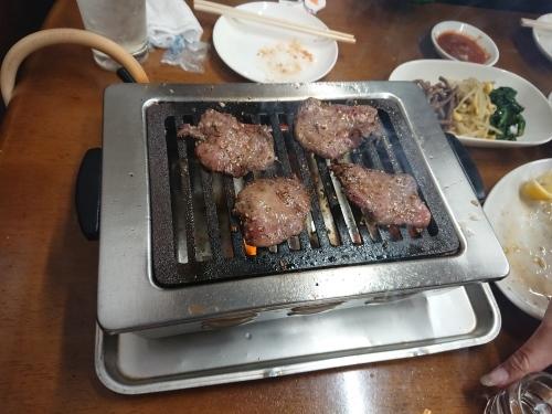 大井町の栄養楼で、美味しい焼肉♪_c0100865_09383047.jpg