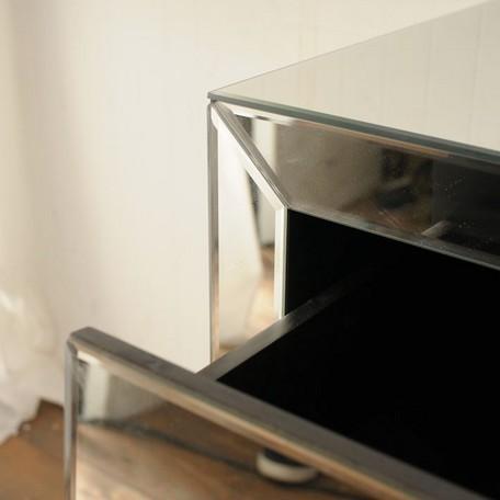 インテリアに素敵なミラー家具ご紹介~❤_f0029571_22194009.jpg
