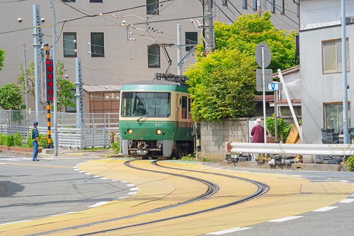 江ノ電に乗って腰越から江ノ島へ_b0145398_22475430.jpg