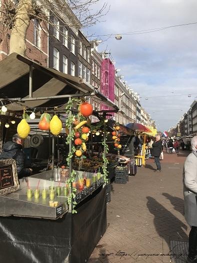 オランダ『アムステルダム・アルバートカイプ市場』の手芸店♪_f0023333_23090059.jpg