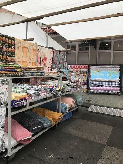 オランダ『アムステルダム・アルバートカイプ市場』の手芸店♪_f0023333_23094188.jpg