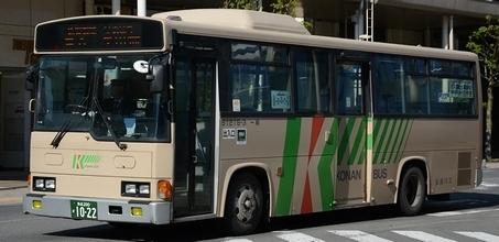 弘南バスの日野架装車_e0030537_18063939.jpg