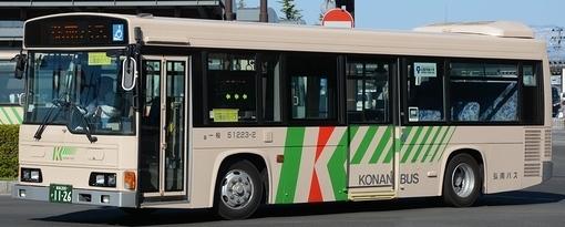 弘南バスの日野架装車_e0030537_18064005.jpg