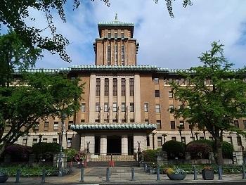 庁舎の窓 横浜(神奈川)_e0098739_12331452.jpg