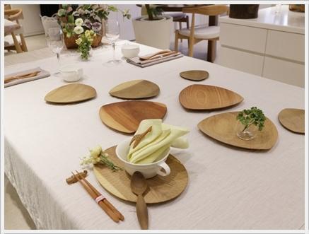 木の器を楽しむテーブル -長岡かやさんの器を使って ~ブラッシュアップクラス_d0217944_01380015.jpg