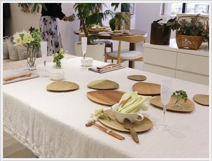 木の器を楽しむテーブル -長岡かやさんの器を使って ~ブラッシュアップクラス_d0217944_01381862.jpg