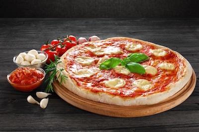 マルゲリータでストンプ/「ピザ10回」ではなく、「ピッツァ10回」ならヒジをヒザとは言わないのか?_c0109850_08025251.jpg