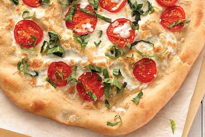 マルゲリータでストンプ/「ピザ10回」ではなく、「ピッツァ10回」ならヒジをヒザとは言わないのか?_c0109850_08030859.jpg