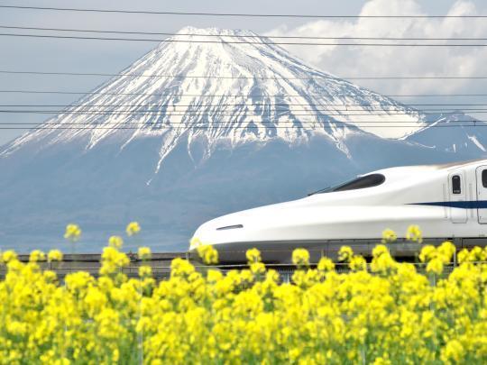 新幹線と富士山_f0266284_14003330.jpg