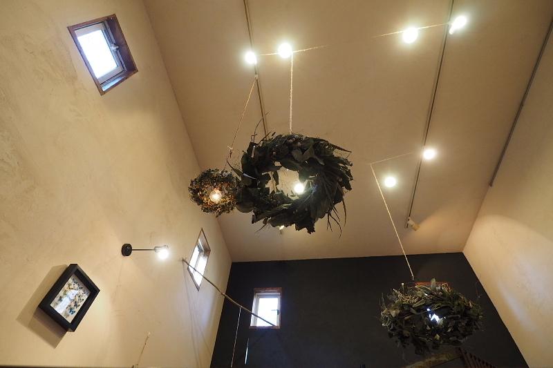 【木漏れ日を味わう】Cafe+Gallery Komorebi @サンタヒルズ_b0008655_12030495.jpg