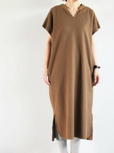 blurhms New Rough&Smooth Thermal Key-Neck Dress_b0139281_13212433.jpg