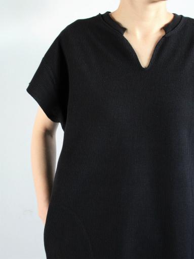blurhms New Rough&Smooth Thermal Key-Neck Dress_b0139281_1322299.jpg