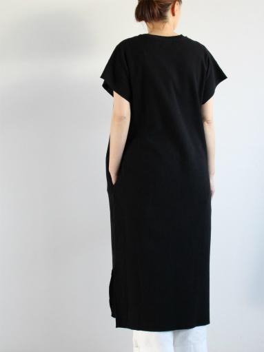 blurhms New Rough&Smooth Thermal Key-Neck Dress_b0139281_13371851.jpg
