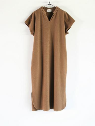 blurhms New Rough&Smooth Thermal Key-Neck Dress_b0139281_13373280.jpg